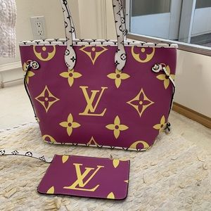 Louis Vuitton Giant MM Monogram